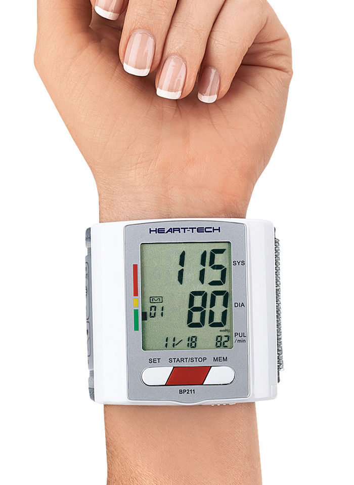 how to take blood pressure with wrist monitor