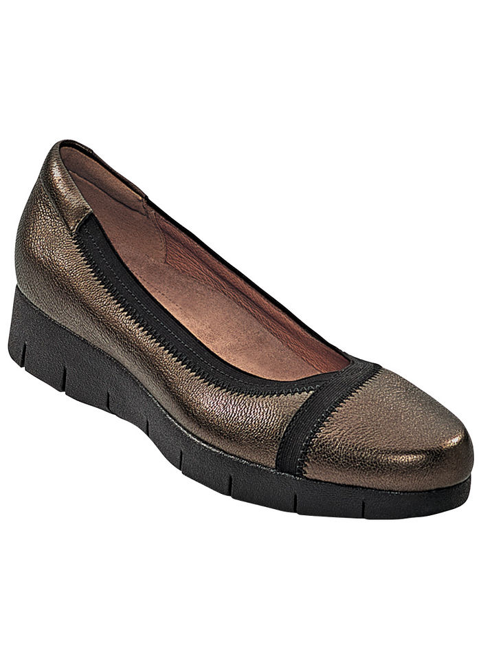 clarks hill women Free shipping and returns on all heels for women at nordstromcom find a  chocolat blu christian louboutin clarks  rockport rockport cobb hill.
