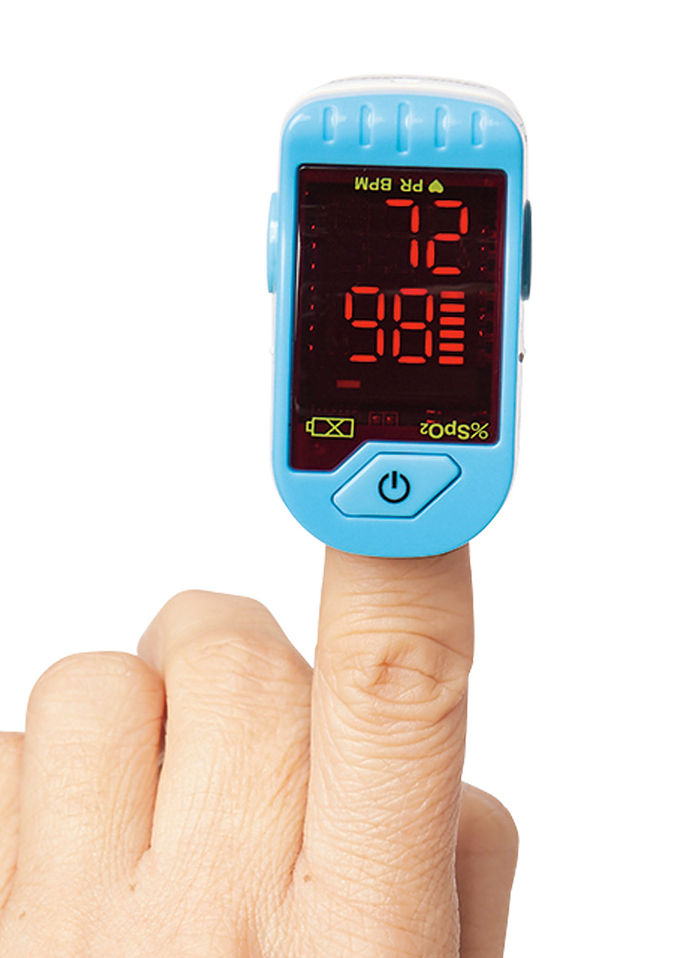 how to clean a pulse oximeter
